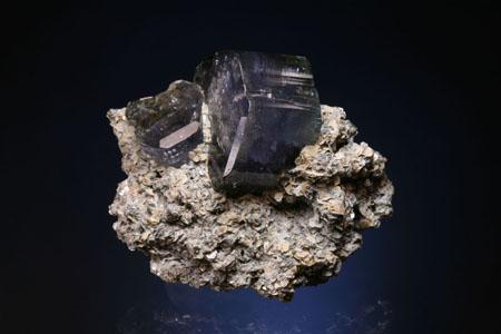 来自帕纳什凯拉的蓝绿色磷灰石菱铁矿晶体。 西班牙的矿物标本。来自Juan  Fernandez Buelga的照片