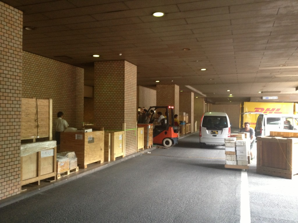 TIMA mineral show 2014, loading area