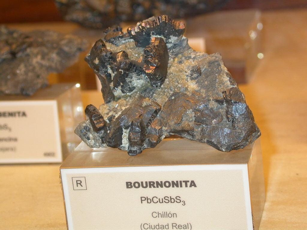 Bournonite cogwhell