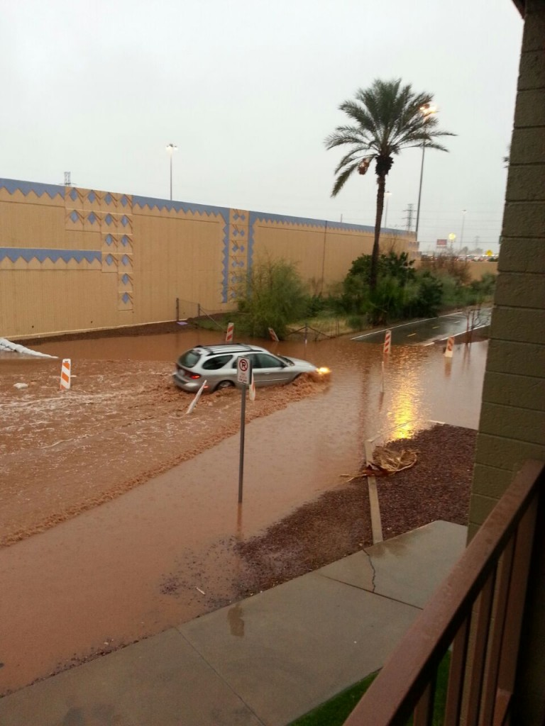 Flooding areas at the Tucson mineral show 2015